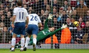 Asmir Begovic, Portsmouth goalkeeper