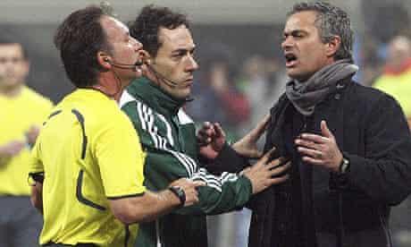 Inter coach Jose Mourinho argues with referee Luis Medina Cantalejo