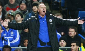 Chelsea manager Luiz Felipe Scolari gestures during the draw with Hull