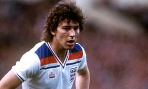 Bryan Robson playing for England against Holland