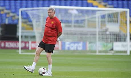 Manchester United manager Sir Alex Ferguson looks ahead to Barcelona