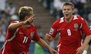 Wales' David Edwards and Simon Church celebrate