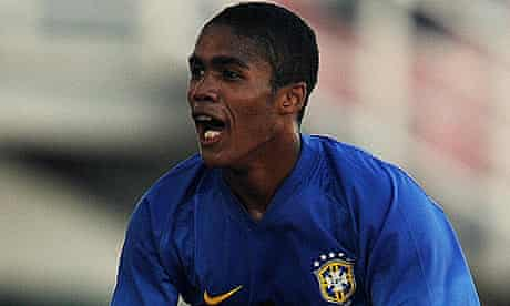 Douglas Costa celebrates after scoring for Brazil's Under-20 side against against Colombia