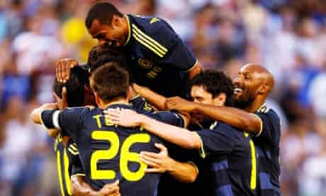 Chelsea celebrate Didier Drogba's opening goal against AC Milan