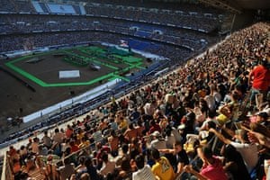 Cristiano Ronaldo: The view from the stands ahead of Cristiano Ronaldo's Real Madrid unveiling