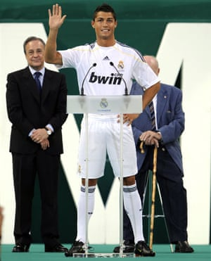 Cristiano Ronaldo: Cristiano Ronaldo speaks to Real Madrid's fans for the first time