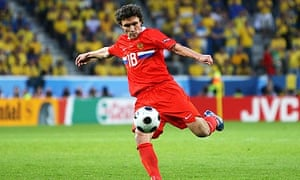 Yuri Zhirkov completed his transfer to Chelsea