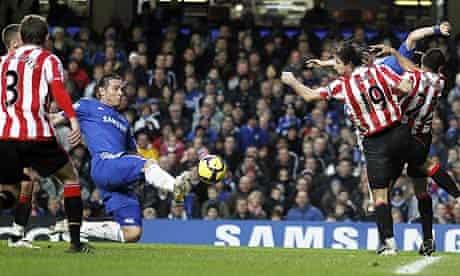 Frank Lampard scores Chelsea's fourth goal against Sunderland