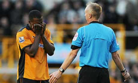 Sylvan Ebanks-Blake of Wolves reacts to referee Peter Walton during the game with Bolton Wanderers