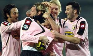 Palermo celebrate beating Juventus