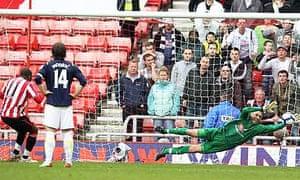 Darren Bent misses a penalty