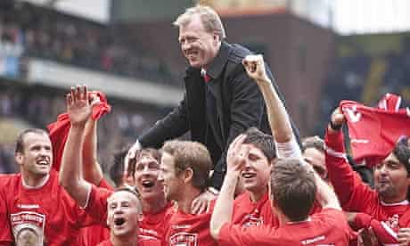 Steve McClaren celebrates FC Twente's first Eredivisie title