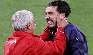 Marcello Lippi and Gianluigi Buffon