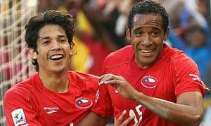 Chile celebrate against Honduras