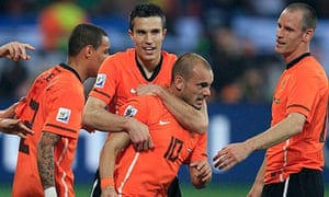 Wesley Sneijder is congratulated by his Holland team-mates, World Cup 2010