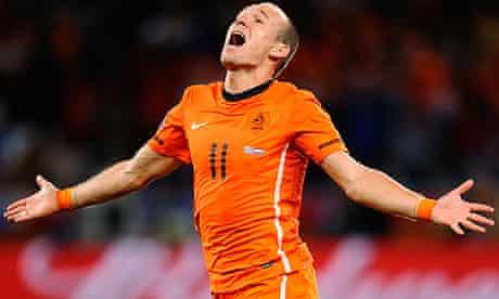 Arjen Robben celebrates
