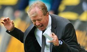 Frustration for Wolfsburg coach Steve McClaren