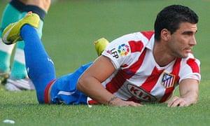 Atletico Madrid's Jose Antonio Reyes in action against Barcelona
