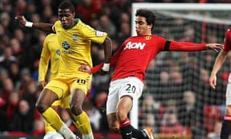 Fabio Da Silva clashes with Wilfrid Zaha