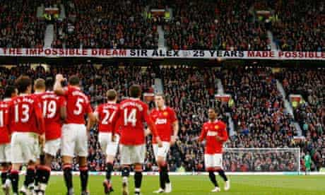 The Manchester United players celebrate