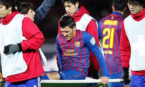 bc62be5a7 Barcelona s David Villa is carried off the field after breaking his leg in  the Club World Cup semi-final against Al-Sadd. Photograph  Kim  Kyung-hoon Reuters