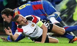 Nemanja Vidic suffers his injury
