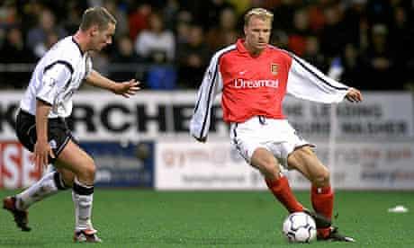 Dennis Bergkamp, caught in the act