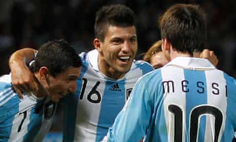 Sergio Aguero celebrates