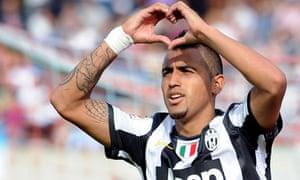 Arturo Vidal celebrates scoring Juventus's winner