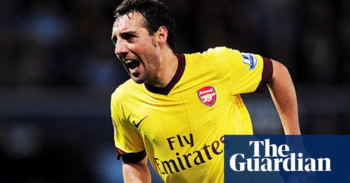 Arsenal S Santi Cazorla Reminds Me Of Glenn Hoddle Says Arsene Wenger Arsenal The Guardian