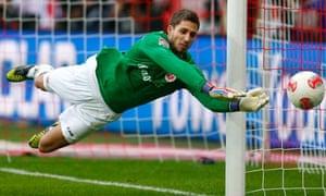 Eintracht Frankfurt's Kevin Trapp in action