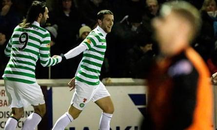 Celtic's Adam Matthews, centre