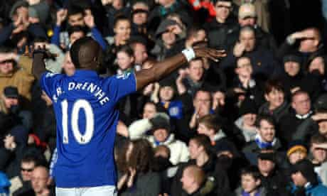 Everton's Royston Drenthe celebrates
