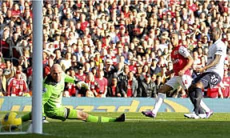 Theo Walcott Arsenal Tottenham Hotspur