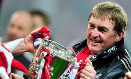 Kenny Dalglish holds the Carling Cup