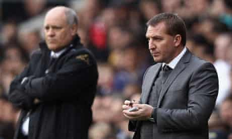Brendan Rogers takes notes at Fulham
