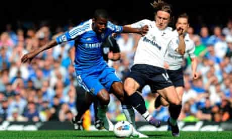 Luke Modric, right, of Tottenham and Chelsea's Ramires