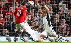 Wayne Rooney's goal against Fulham gave Manchester United a 1-0 win