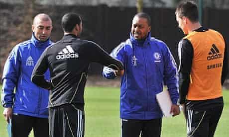 Roberto Di Matteo and Eddie Newton talk to Ashley Cole and John Terry