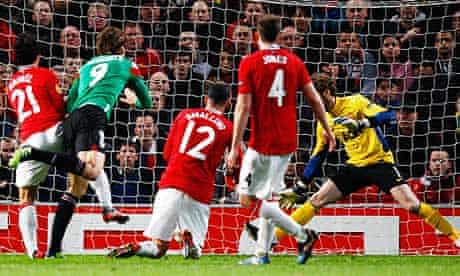 Athletic Bilbao's Fernando Llorente, second left, scores his side's first goal at Manchester United