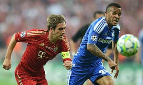 The Chelsea defender Ryan Bertrand, right, deserved credit for his composure