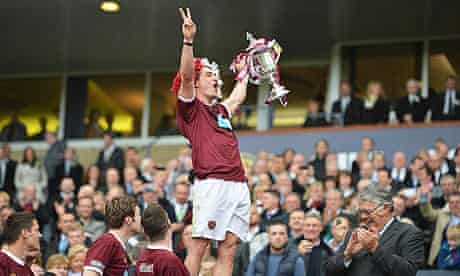 Rudi Skacel, the hearts midfielder, scored twice against Hibernian but his contract is at an end