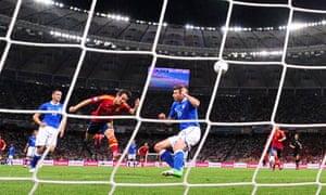 TOPSHOTS Spanish midfielder David Silva