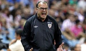 Marcelo Bielsa watches Athletic lose again