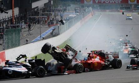Romain Grosjean Sorry For Causing Huge Crash In Belgian Grand Prix Renault The Guardian