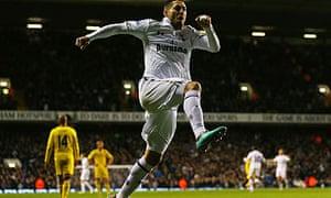 Tottenham Hotspur v Reading - Premier League
