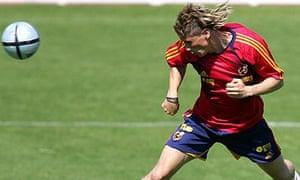 Fernando Torres training at Las Rozas in 2004