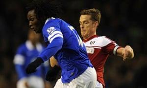 Everton's Romelu Lukaku, left