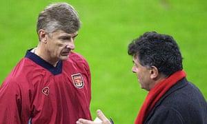 Arsenal's Arsène Wenger with David Dein in 2001