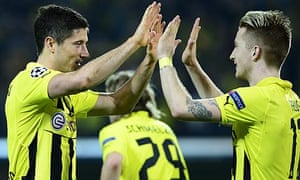 Dortmund's Robert Lewando